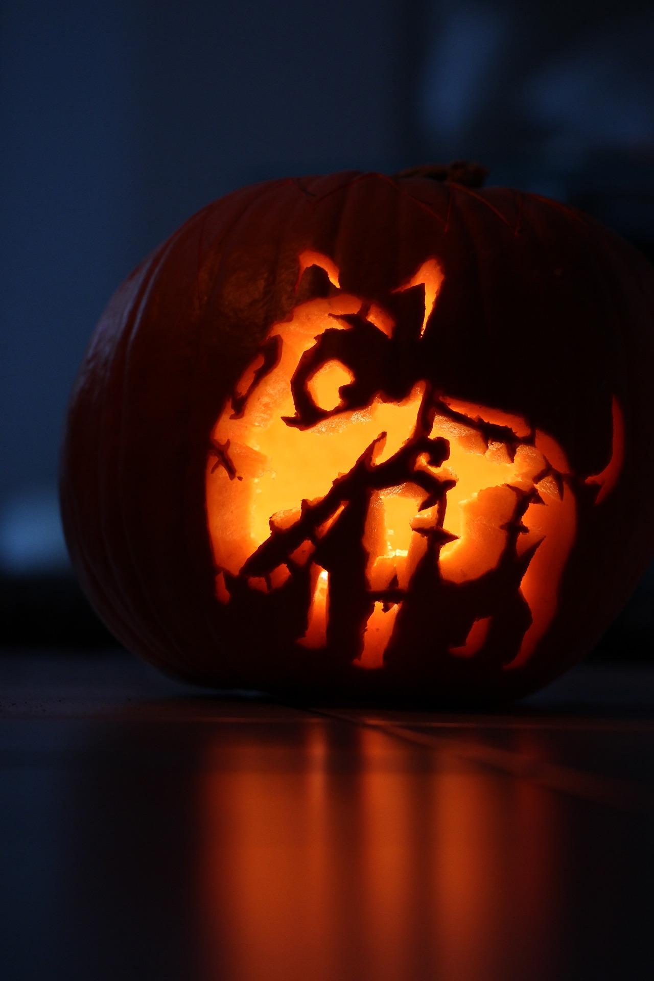 scary dog jack o lantern
